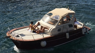 Sorrento Sparviero boat to rent
