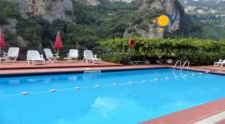 Holiday apartment to rent in Atrani  3 Bedrooms - Sleeps 6+2 - Sea View Terrace and shared poll