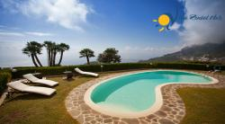 Luxury Villa to rent in Scala for holiday on Amalfi Coast - 5 Bedrooms - Sleeps 10 - Sea View, Garden, Terrace and Private Pool